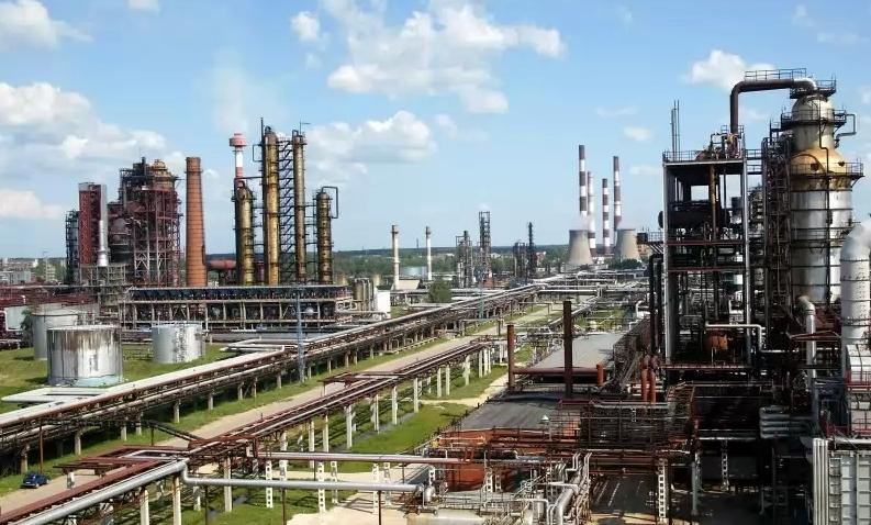 Доставка с химических заводов.